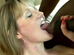 beautiful milf with large breasts gets fuck
