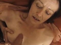 veda-from-1fuckdatecom-french-mom