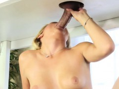 gloryhole-babe-jizz-faced