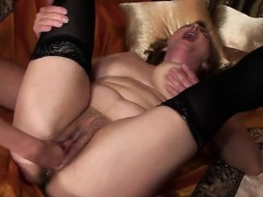 melinde-fisting-mature-mom-marya-nerissa-from-1fuckdatecom