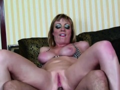 realmomexposed-hot-tattoo-mom-gets-fucked-in-the-ass