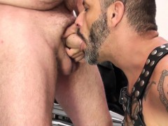 mature-bear-cocksucked-and-barebacked-by-guy