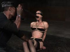 blindfolded-subslut-flogged-by-brutal-master