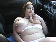 bbw-with-huge-hanging-boobs-outdoor-fingering-in-car