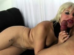 blonde-tranny-in-fishnet-stockings