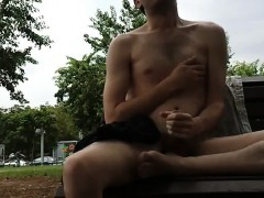 twink-wanks-in-park-good-cumshot