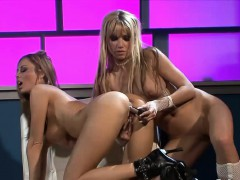 anita-and-angie-are-two-lesbian-lovers