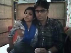 escorts-service-in-delhi