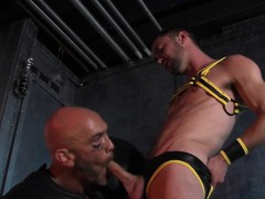 Hung Mature Bear Gets Cum