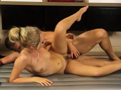 sexy-masseuse-screwed-by-handsome-client-after-massage