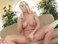 german-slut-solo-toying