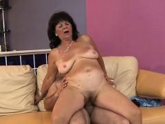 Hot Mature Sex With Cumshot