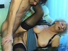 Old Amateur Mature Mum Sucks And F Hiedi From 1fuckdatecom