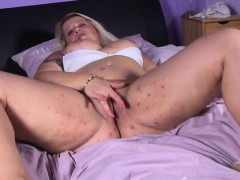 seductive dutch huge woman mum playi reba from 1fuckdatecom