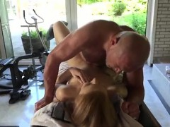 Young Lesbian Eating Old Pussy And Reel Old Anal First Time