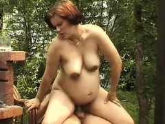 pregnant-wife-banged-outside-delta
