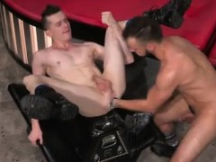 feet-fisting-gay-and-los-angeles-gay-fist-fuckers-aiden-wood