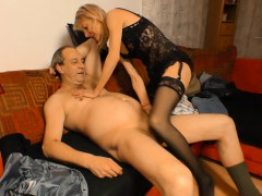 xxx-omas-german-granny-puts-her-mature-twat-to-good-use