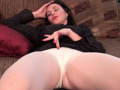 american-milfs-nyla-and-anna-play-with-their-nyloned-pussy