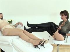 unfaithful-english-mature-lady-sonia-exposes-her-huge-knocke