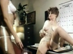 vint-office-lesbians-lick-pussy-by-oopscams