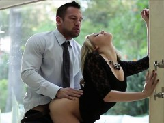 mia-malkova-fucks-while-facing-the-wall