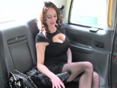 vickie-powell-in-street-lady-fucks-cabbie-for-cash