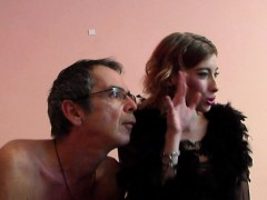 elenas-webcam-show-and-oooh-la-la