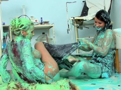 babes-smother-each-other-with-bizarre-cream