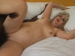 milf-stacey-gets-her-tummy-jizzed-on