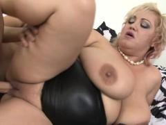 big-breasted-bbw-fucking-and-sucking