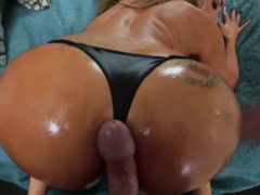 big-booty-milf-does-her-thing-on-a-huge-hard-dick