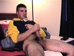 straight-boy-cj-strokes-it-alone