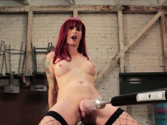 mature-redhead-trans-ass-toyed-by-sex-machine
