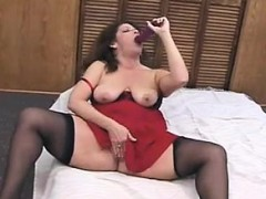 mature-solo-birdie-from-dates25com