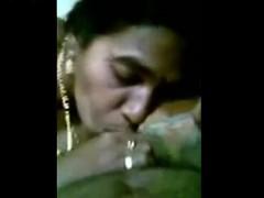 indian-amateur-gf-sucking-big-brown-cock