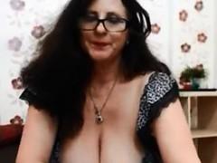 devon-michaelks-busty-mature-with-big-boobs