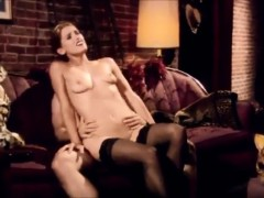 amazing-slowmotion-sex-scene-of-mom-getting-trapped