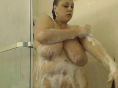 real-big-beautiful-woman-full-homemade-shower