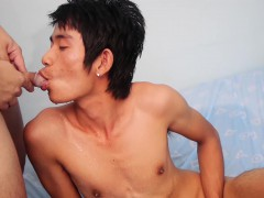 Asians Ray And Nick Piss And Bareback
