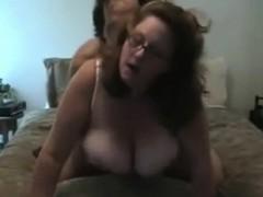 fat-milf-with-big-boobs-handles-stiff-rod