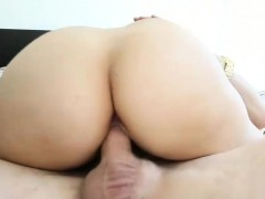 Sweet Teen Babe Courtney Loxx Gets Fucked And Creampied