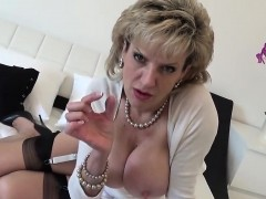 cheating english mature lady sonia presents her huge jugs