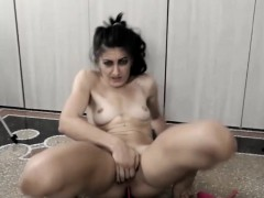 Girl With 2 Vibrators Inside Her Pussy Gets High Vibes On We