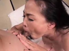 asian thai amateur bitch vagina get creampie fuck