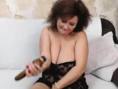 hot-naughty-huge-boobs-tramp-having-nice-show