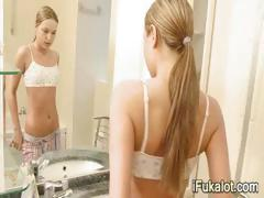 hd-ivana-fukalot-masturbation-in-jacuzzi