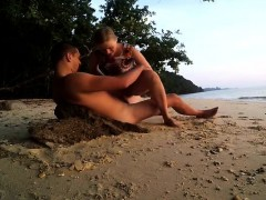 Blonde like outdoor fuck and cumshot