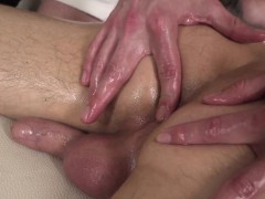 Massaged Twink Gets Handjob From Masseur