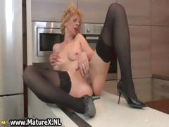blonde-mature-part1